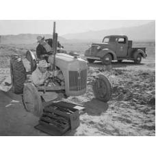 Kioti LB2204 Tractor Flat Rate Manual
