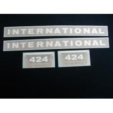 Farmall 424 Diesel (hoods & mdl ltrs) Vinyl Cut Decal Set (VI228)